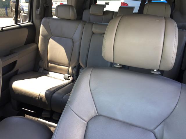 2009 Honda Pilot Touring w/Navi 4x4 4dr SUV - Clovis CA