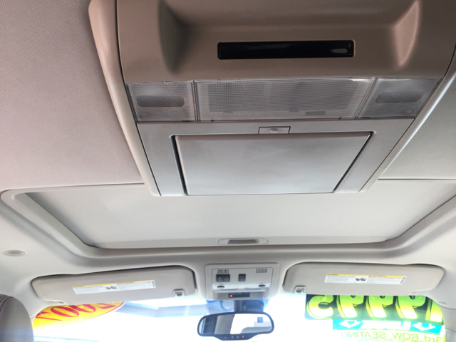 2007 Chevrolet Suburban LT 1500 4dr SUV 4WD - Clovis CA
