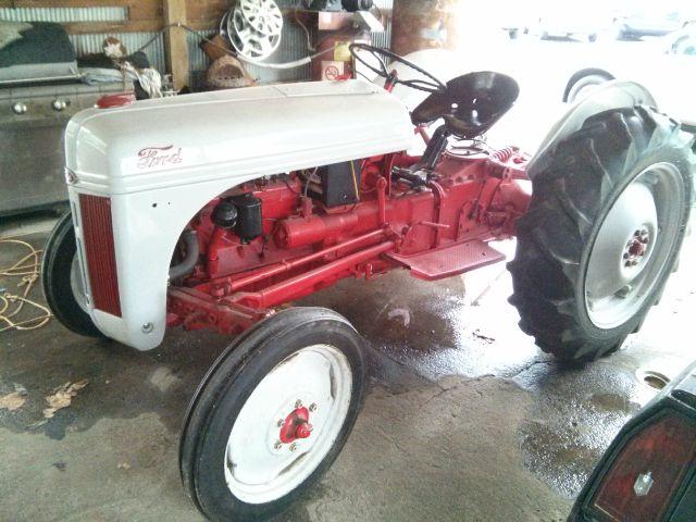 1947 Ford 8N