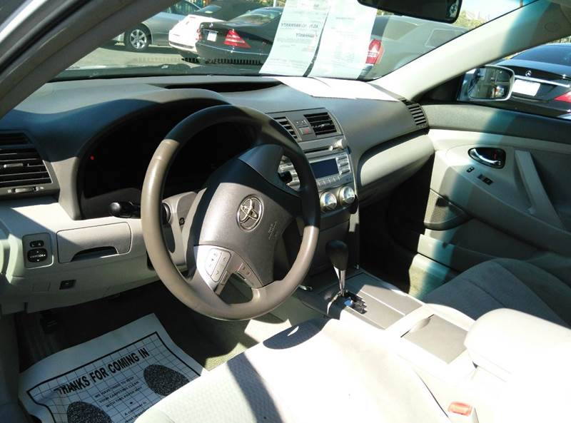 2011 Toyota Camry LE 4dr Sedan 6A - Oxnard CA