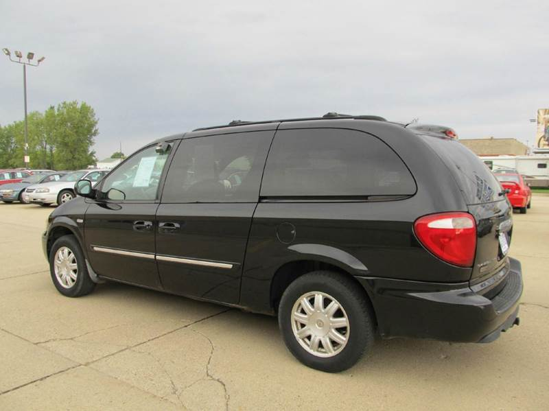 2006 chrysler town and country touring 4dr extended mini for 1999 chrysler town and country window problems
