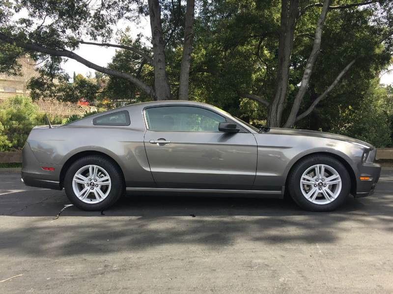 2014 Ford Mustang V6 2dr Coupe - Hayward CA