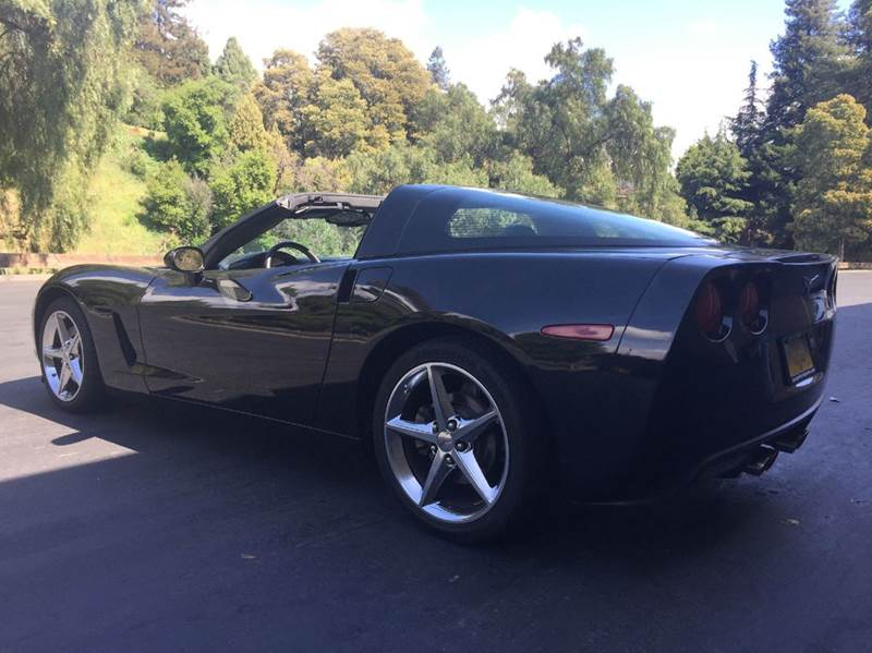 2011 Chevrolet Corvette Base 2dr Coupe w/1LT - Hayward CA