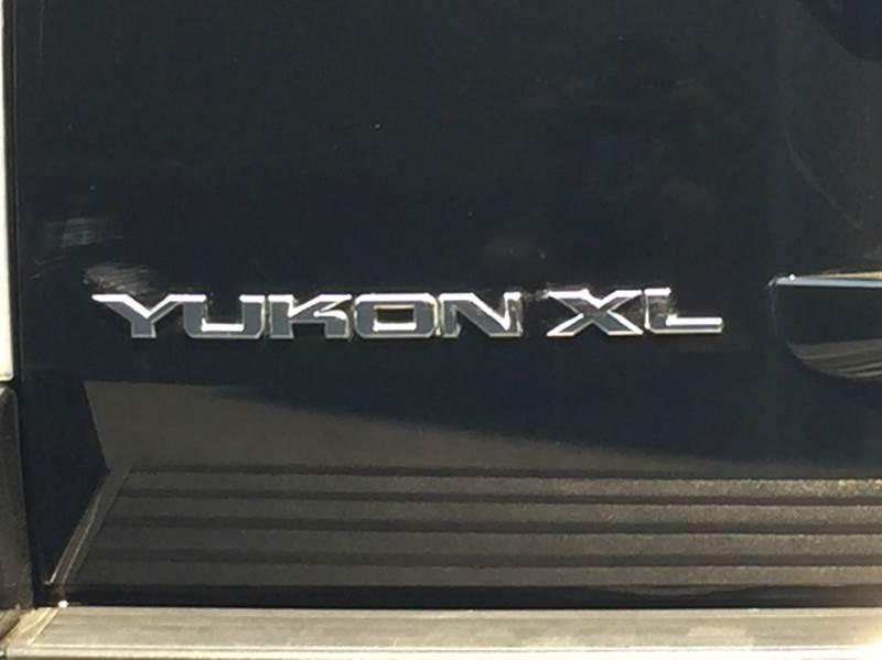 2007 GMC Yukon XL Denali AWD 4dr SUV - Hayward CA