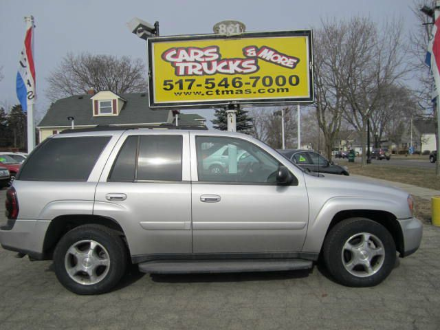 2005 CHEVROLET TRAILBLAZER LS 4WD 4DR SUV silver abs - 4-wheel axle ratio - 342 center console
