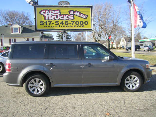 2010 FORD FLEX SE 4DR WAGON gray  one owner - 2010 ford flex with only 70k miles nice clean 3rd