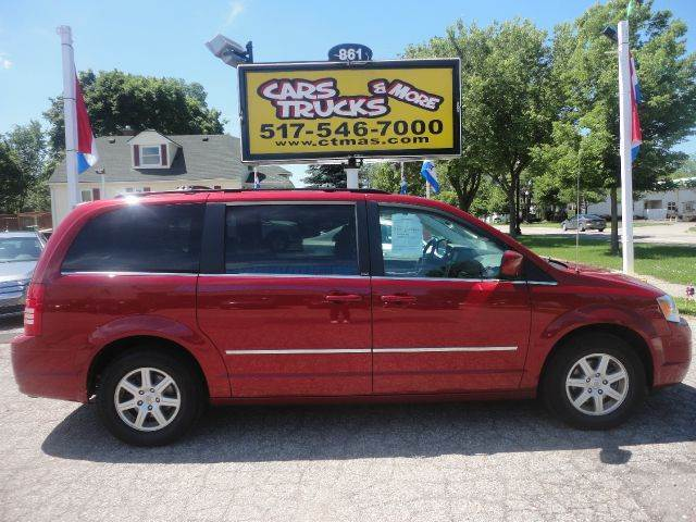 2010 CHRYSLER TOWN AND COUNTRY TOURING 4DR MINI VAN red family car 2010 chrysler town  country