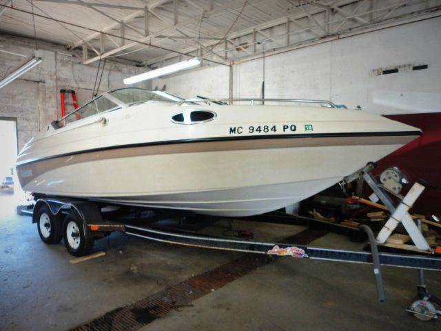 1994 GENESIS 2002CC 20 1 cream 1994 genesis 2002cc speed boat - 201 - this boat was a local t