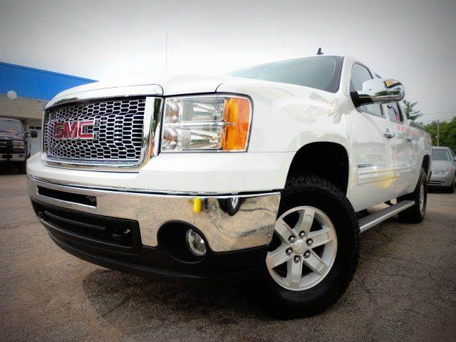 2012 GMC SIERRA 1500 Z71 SLE 4X4 summit white do you want to be the third proud owner of this whi