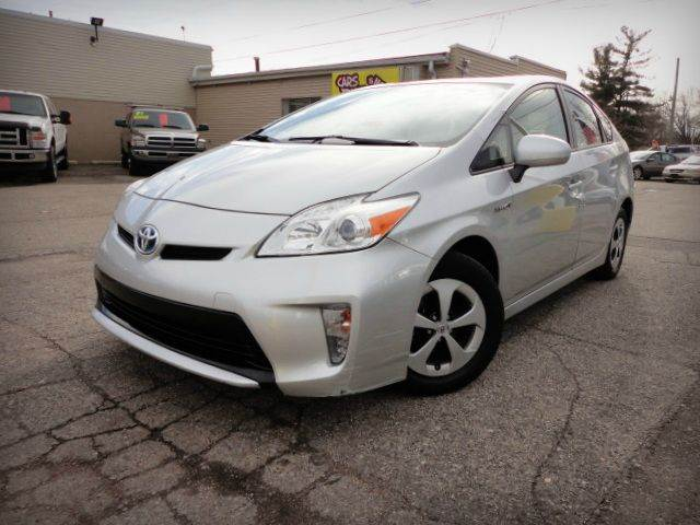 2012 TOYOTA PRIUS FIVE HATCHBACK classic silver metallic 2012 toyota prius two- this is an electri