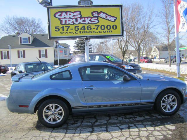 2005 FORD MUSTANG V6 DELUXE 2DR COUPE blue just in   2005 ford mustang  one owner vehicle thi