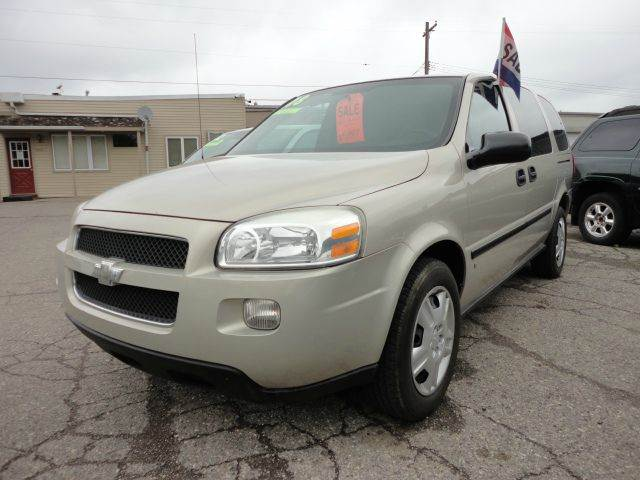 2008 CHEVROLET UPLANDER CARGO 4DR EXTENDED MINI VAN tan  2008 chevy uplander  just reduced thi