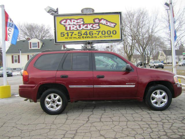 2006 GMC ENVOY SLT 4DR SUV 4WD burgundy  2006 gmc envoy 4wd - clean 5-seater suv with tow packag