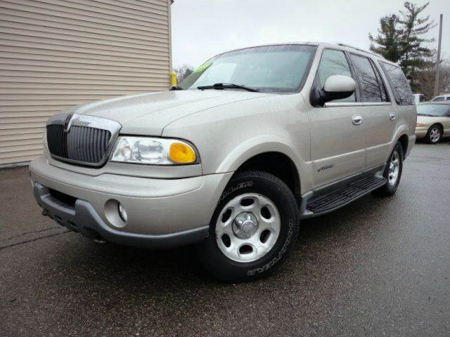 2002 LINCOLN NAVIGATOR BASE 4WD SUV parchment gold metallic 2002 lincoln navigator with 4wd and 3