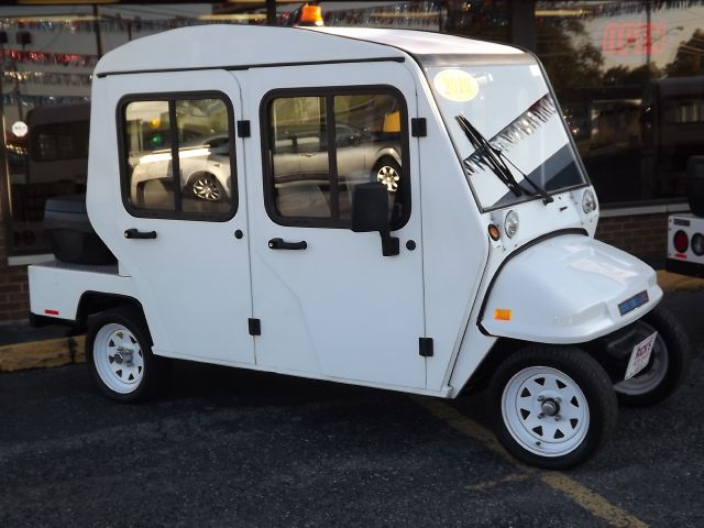 2010 Columbia Par Car Golf Cart