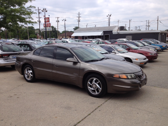 Pontiac bonneville for sale for Northtowne motors defiance oh