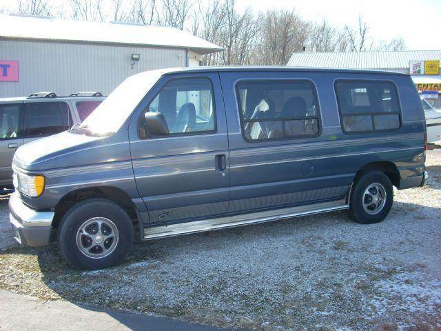 1997 ford e 150 3dr chateau club wagon passenger van in. Black Bedroom Furniture Sets. Home Design Ideas