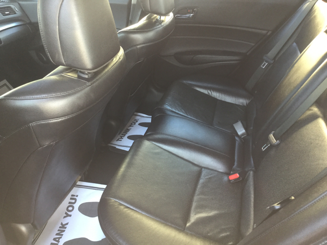 2015 Acura ILX 2.0L 4dr Sedan - Worcester MA