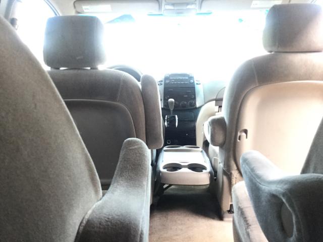 2007 Toyota Sienna CE 7-Passenger 4dr Mini Van - Worcester MA