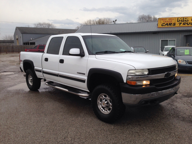 2002 chevrolet silverado 2500hd lt 4dr crew cab 4wd sb in camby indianapolis greenwood mr care auto. Black Bedroom Furniture Sets. Home Design Ideas