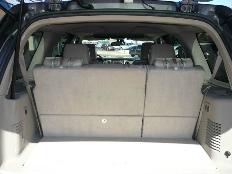 list of suv with 2nd row captain chairs autos post. Black Bedroom Furniture Sets. Home Design Ideas