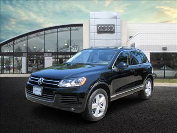 2014 Volkswagen Touareg for sale in Massapqua, NY