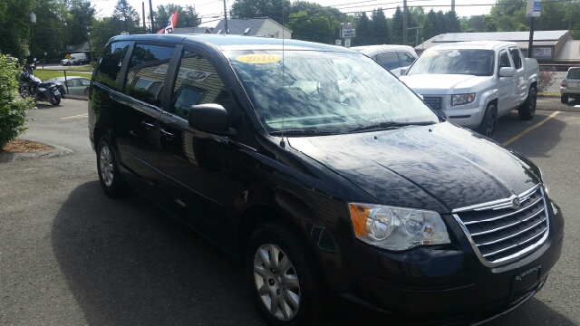 2010 Chrysler Town and Country LX 4dr Mini Van - Agawam MA