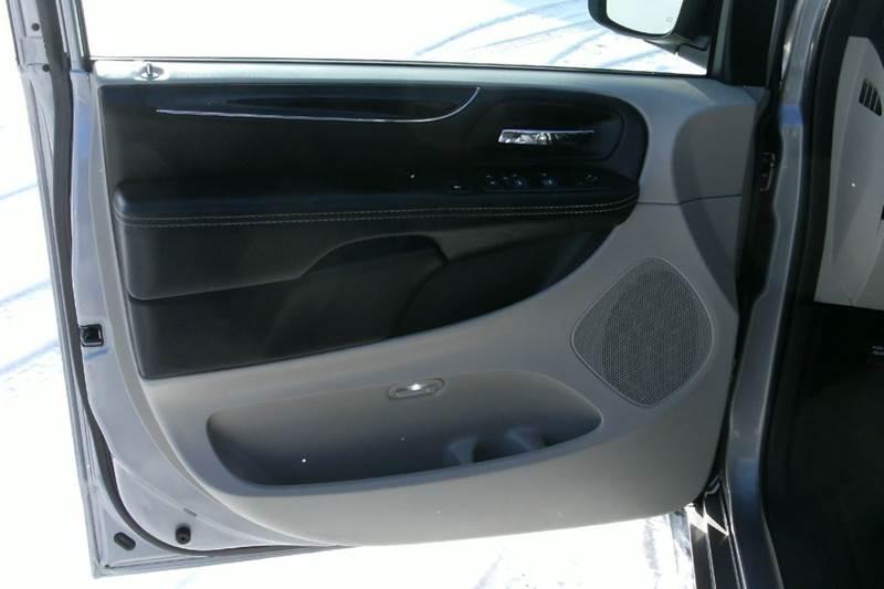 2015 Dodge Grand Caravan SE 4dr Mini-Van - Middlebury IN