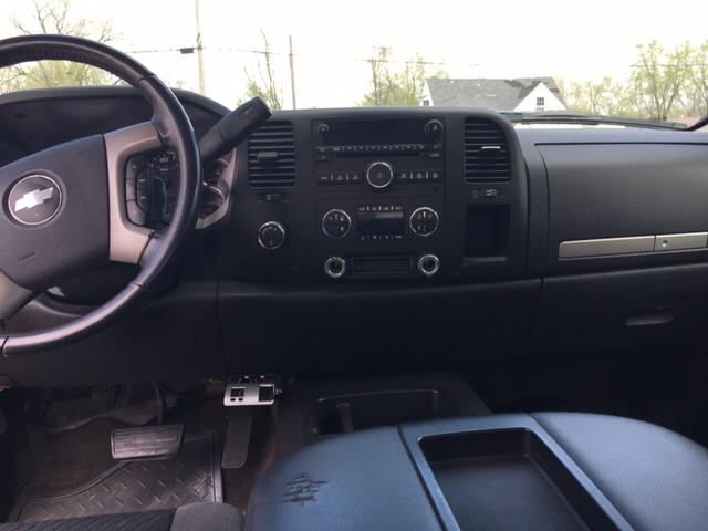 2008 Chevrolet Silverado 1500 4WD LT1 4dr Extended Cab 5.8 ft. SB - Des Moines IA