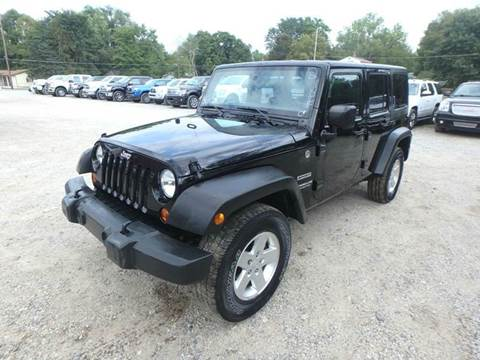 2012 Jeep Wrangler Unlimited for sale in Des Moines, IA