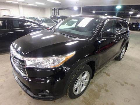 2014 Toyota Highlander for sale in Des Moines, IA