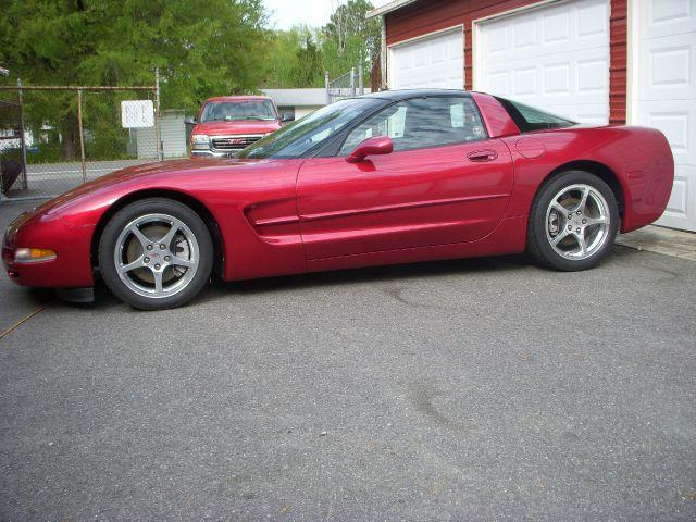 2004 Chevrolet Corvette