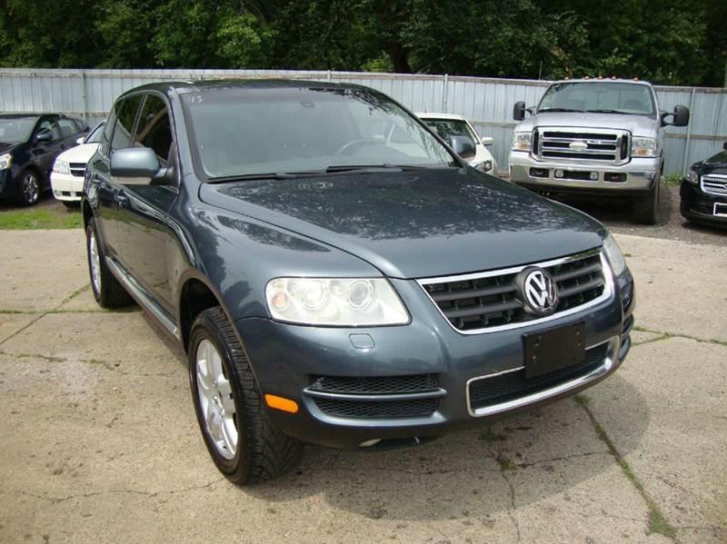 2006 Volkswagen Touareg car for sale in Detroit