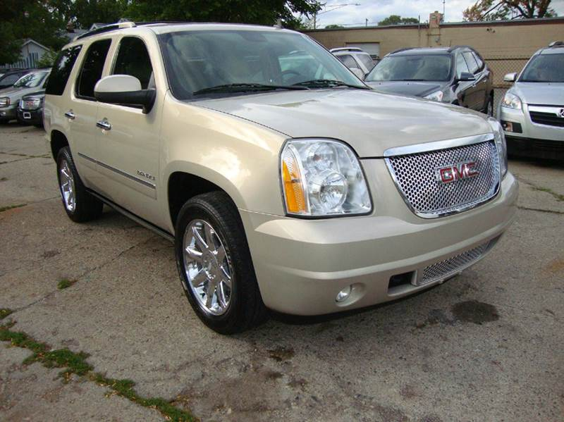 2010 Gmc Yukon car for sale in Detroit