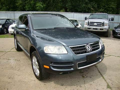2006 Volkswagen Touareg for sale in Pontiac, MI
