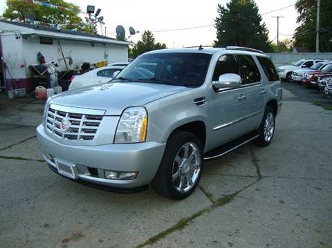2010 Cadillac Escalade for sale in Pontiac, MI