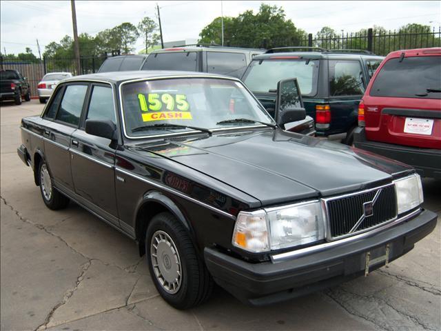 1990 Volvo 240 DL 4dr Sedan In Houston Bellaire Houston Chimney Rock Auto Brokers