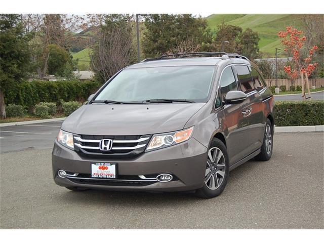 2014 Honda Odyssey Touring Elite 4dr Mini-Van - Fremont CA