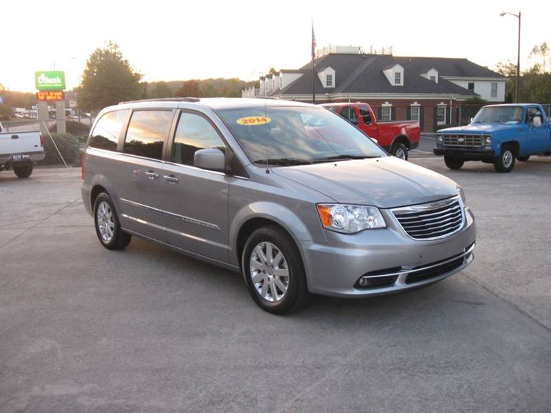 2014 Chrysler Town And Country In Ellijay Ga Twin City