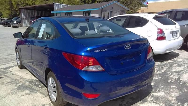 2013 Hyundai Accent GLS 4dr Sedan - San Antonio TX