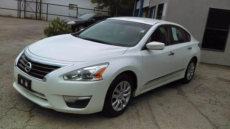 2014 Nissan Altima 2.5 S 4dr Sedan - San Antonio TX