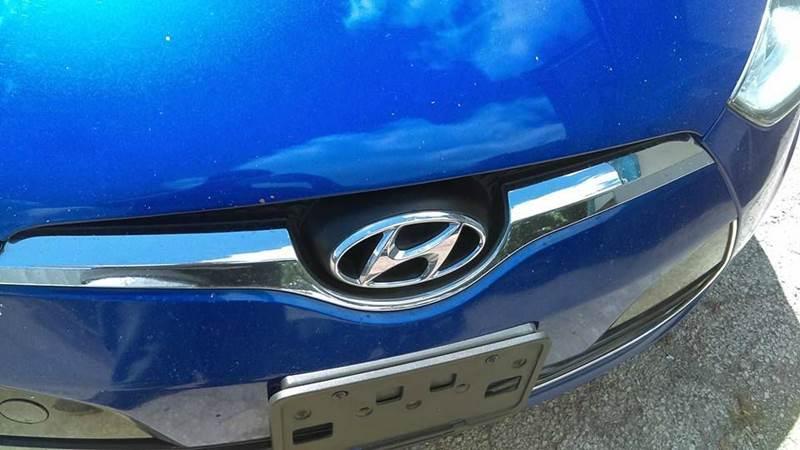2012 Hyundai Veloster 3dr Coupe w/Black Seats - San Antonio TX