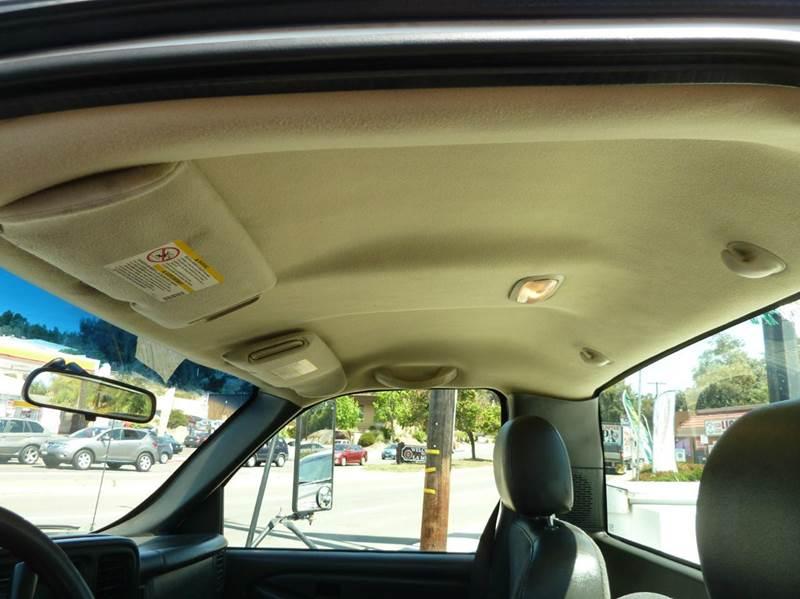 2005 Chevrolet Silverado 3500 reg cab utility - Oceanside CA