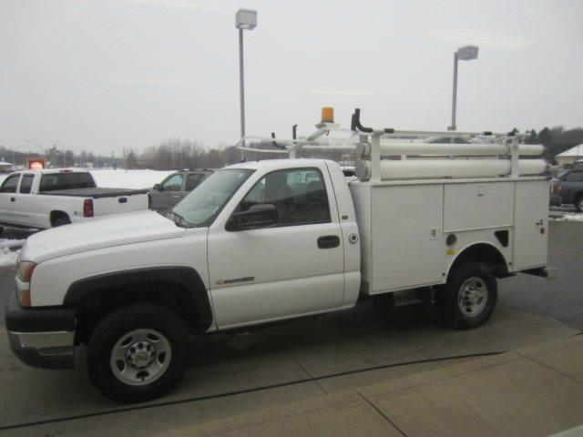 2005 Chevrolet Silverado 2500HD 2dr Standard Cab Work Truck Rwd LB - Akron OH