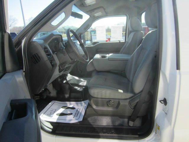 2011 Ford F-250 Super Duty 4x4 XL 2dr Regular Cab 8 ft. LB Pickup - Akron OH