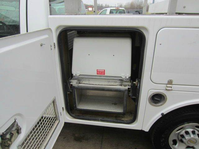 2005 CHEVY C2500 HD UTILITY BED HD UTILITY - Akron OH