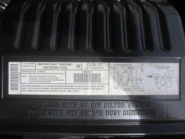 2000 GMC 3500 HD VERSALIFT BUCKET LIFT  FIBERGLASS UTILITY BED - Akron OH