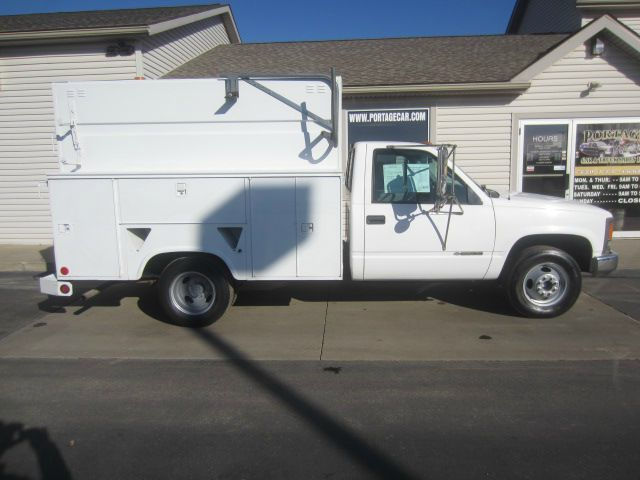 1999 Chevrolet C3500 UTILITY BED DUALLY 2WD
