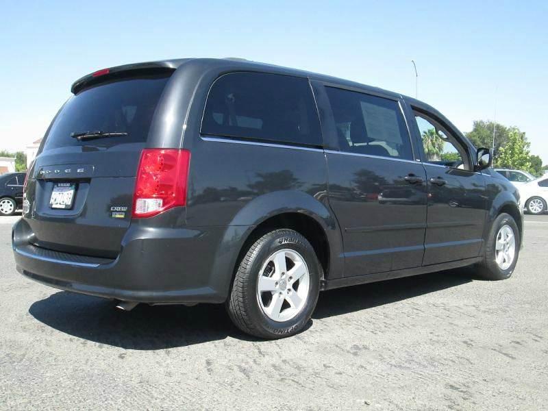 2011 Dodge Grand Caravan Crew 4dr Mini Van - Clovis CA