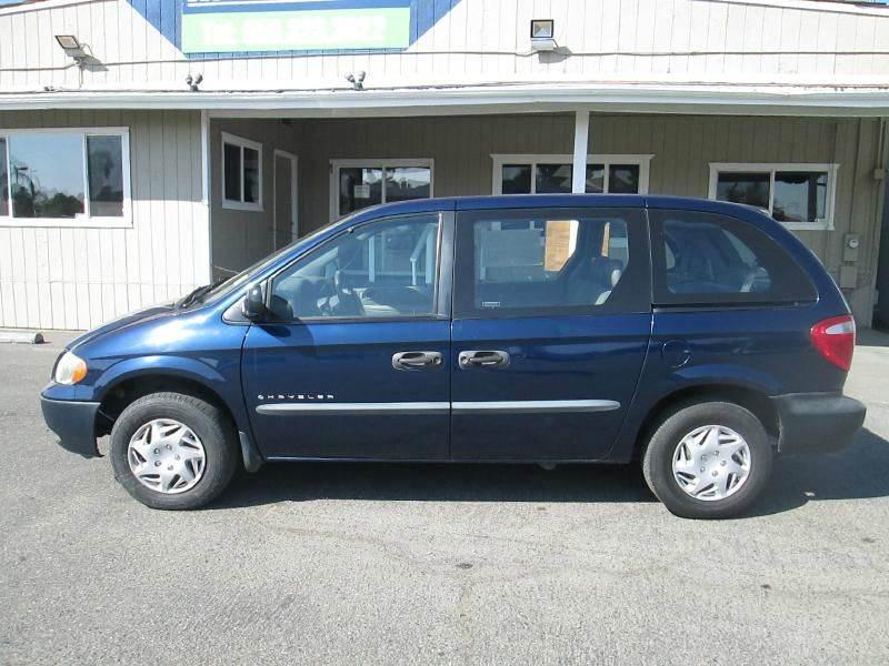 2001 Chrysler Voyager Base 4dr Mini Van - Clovis CA
